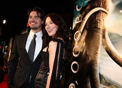 Steven & Lynn Collins @ '10,000 B.C.' Hollywood Premiere - 2008