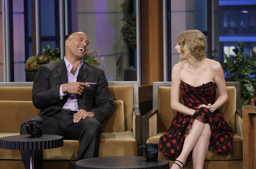 Taylor on The Tonight tampil With jay Leno