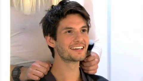 Ben Barnes Images Who S Caressing Ben Barnes T4 With Rick Edwards