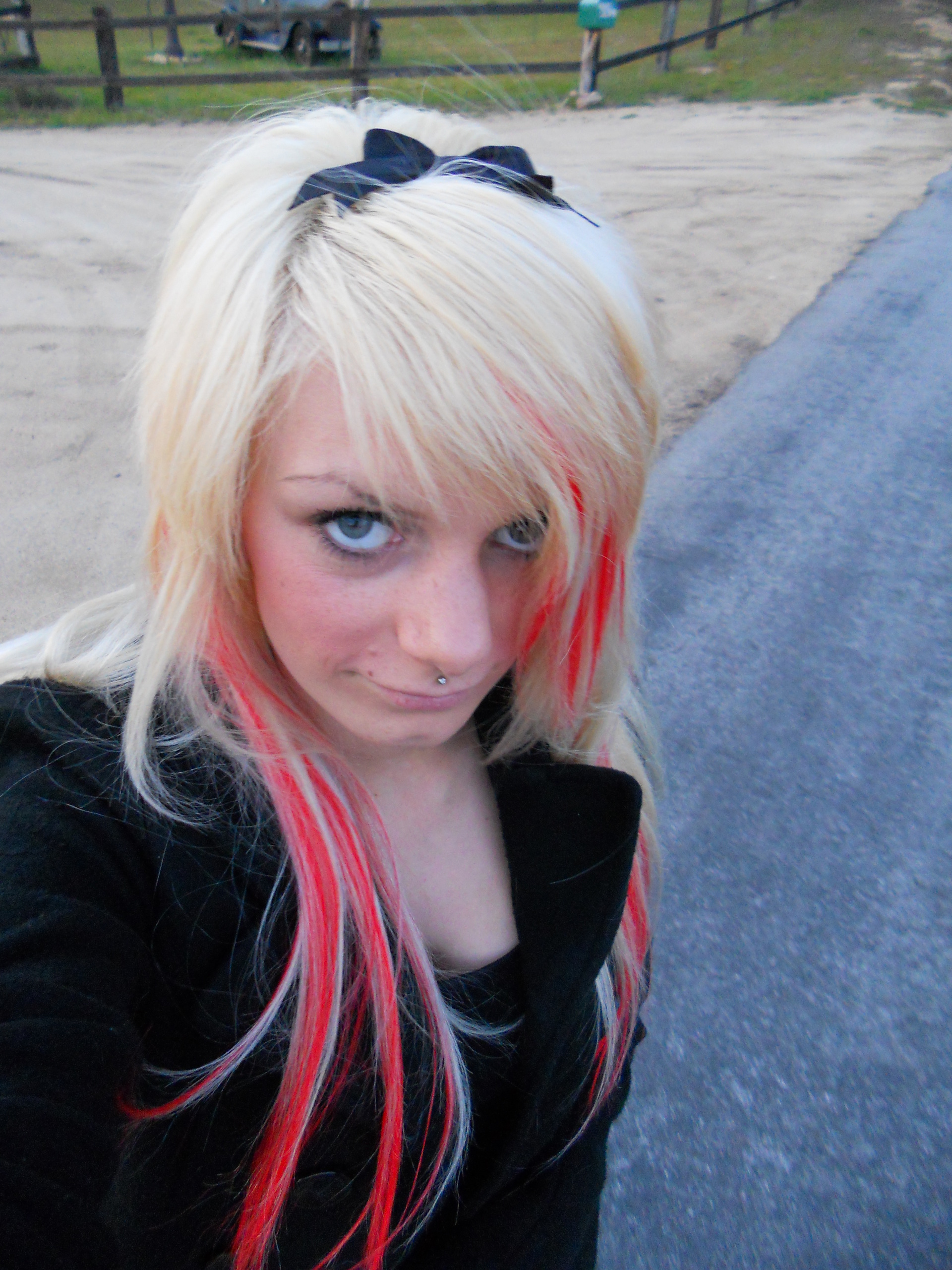found her facebook! New pics!!!!!!!
