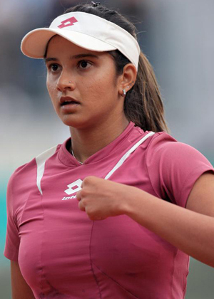 tenis wolpeyper containing a tenis player, a tenis pro, and a tenis racket entitled sania breast