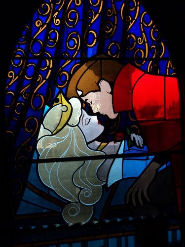 Aurora and Phillip karatasi la kupamba ukuta possibly with a stained glass window called ♥Aurora and Phillip♥