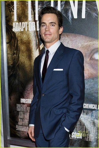 Matt Bomer Hintergrund with a business suit, a suit, and a three piece suit called 2011