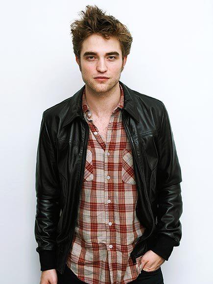 3 New Photoshoot Outtakes of Robert Pattinson