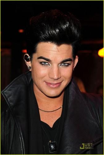 Adam Lambert - Logo's NewNowNext Awards 2011