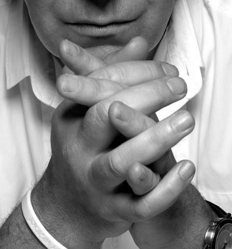 Alan Sexy hands
