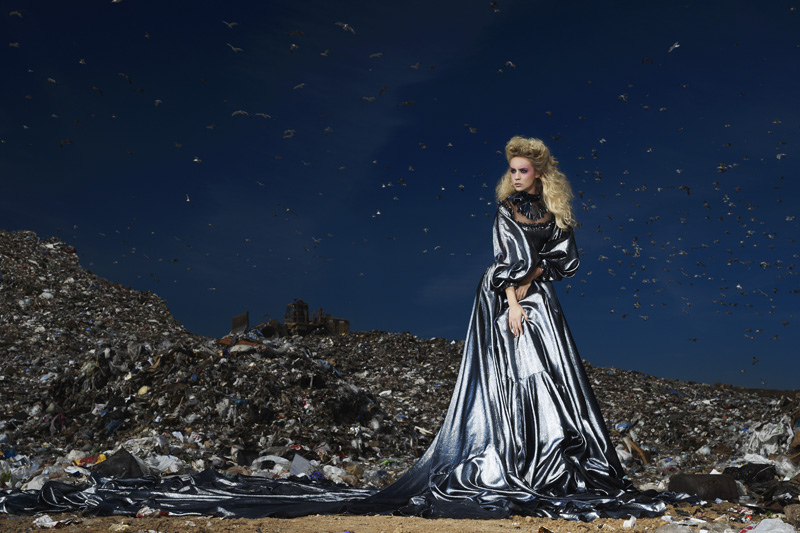 America 39 s next top model cycle 16 garbage dump photoshoot for Haute couture photoshoot