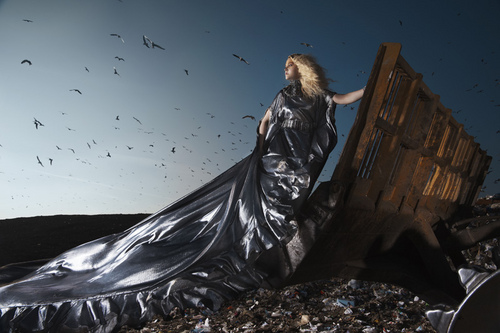 America's siguiente parte superior, arriba Model Cycle 16 Garbage Dump Photoshoot