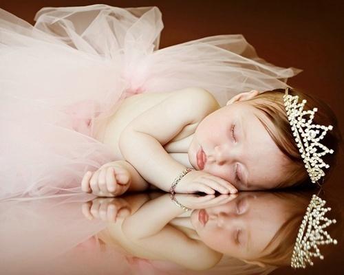 Dresses & Princess