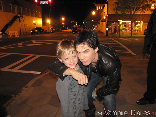 Ian Somerhalder - behind the scenes TVD [2x22]