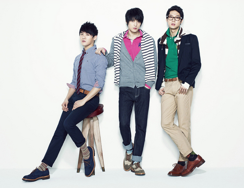 JYJ wallpaper containing a business suit, a well dressed person, and a suit called JYJ