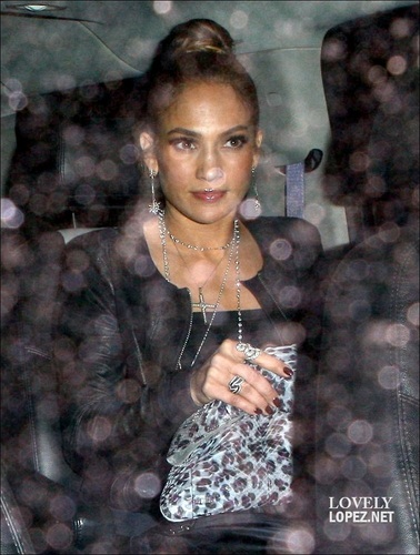 Jennifer - Leaving Cecconi's Restaurant in LA - 07 April 2011