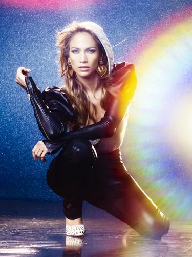 Jennifer - Photoshoot - Love?