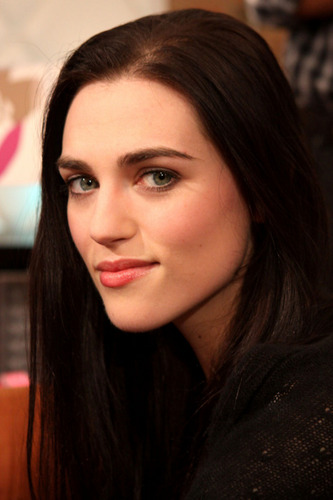 Katie McGrath wallpaper with a portrait entitled Katie McGrath ♥