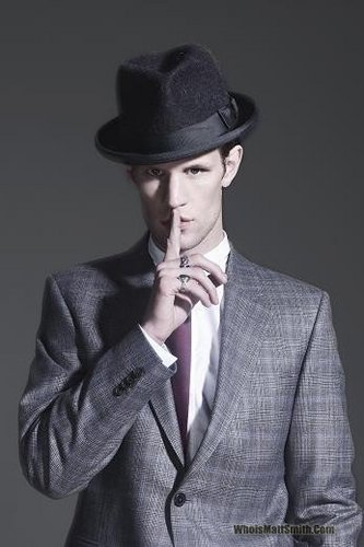 Matt Smith 壁纸 with a business suit called Matt Smith