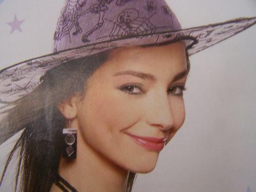 Merve Boluğur wallpaper containing a snap brim hat, a campaign hat, and a sombrero titled Merve Bolugur