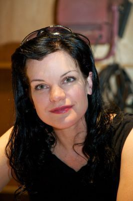 Pauley Perrette wallpaper containing a portrait entitled NCIS Set Visit - April 4th, 2011