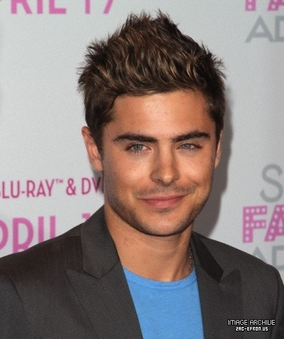 New (HQ) Zac Efron 2011