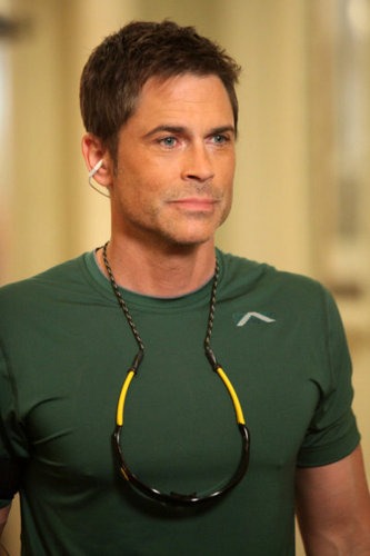 Rob Lowe- Season 3 Cast foto