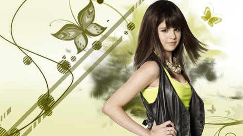 Selena BEAUTY QUEEEEN