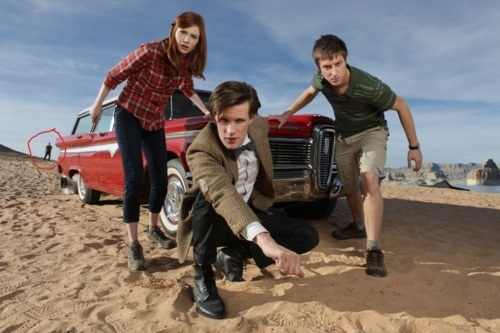 Amy Pond 바탕화면 possibly with a tailgate, a sport utility, and an automobile titled Series 6 promo pictures