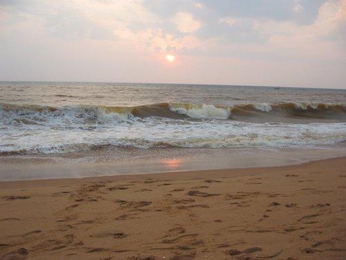 Shanghumugham beach, pwani