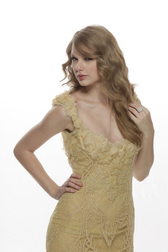 Taylor 迅速, スウィフト - もっと見る ACM Awards Portraits!