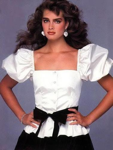 brooke shields wallpaper possibly with a gathered skirt, a polonaise, and a kirtle called Teenage Brooke