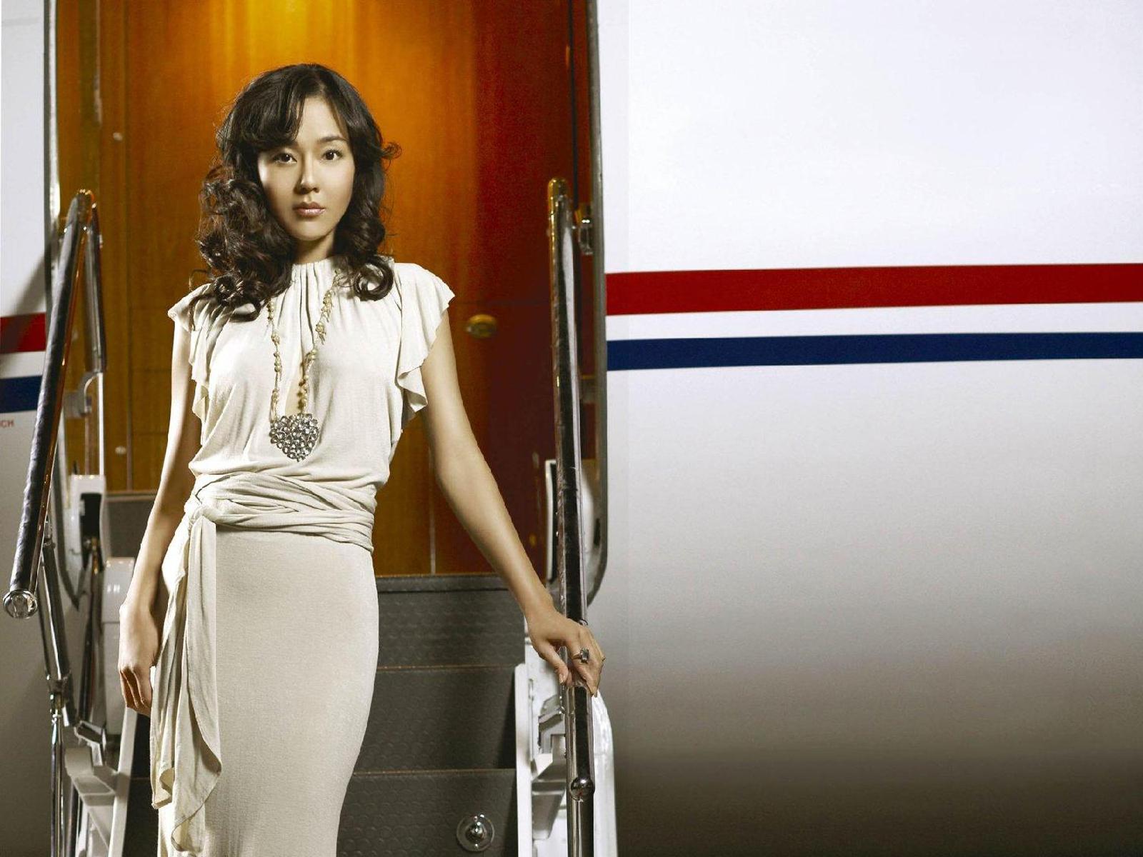 Yunjin Kim - Photo Colection