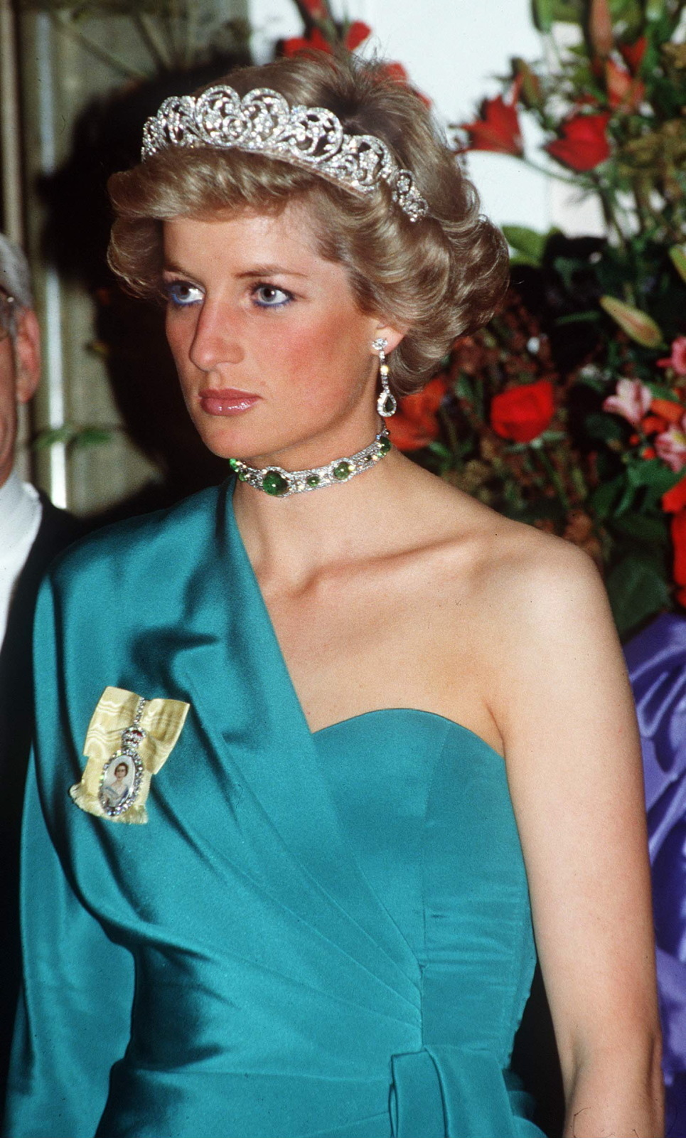 Fashion Rules: Dress From The Collections Of HM The Queen, Princess Margaret And Diana, Princess Of Wales weekend