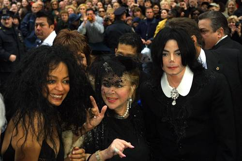 michael+his ladies,queen_gina