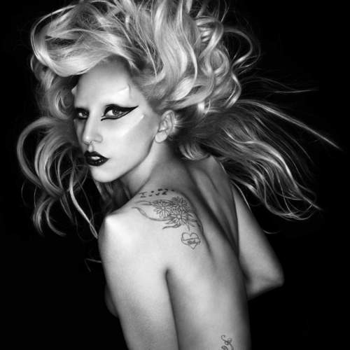 """Born This Way"" photoshoot oleh Nick Knight"