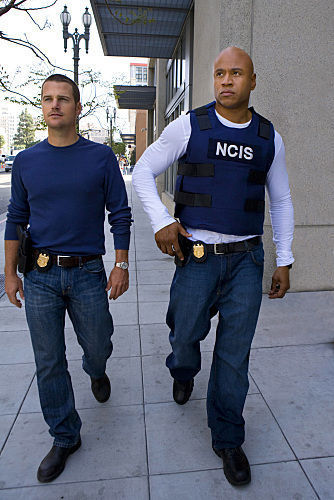 NCIS: Los Angeles fond d'écran called 1.02 --The Only Easy jour