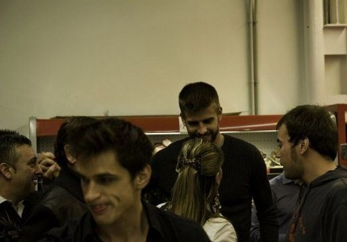 August 2010 Gerard and Nuria are still shown together,but they were not together !