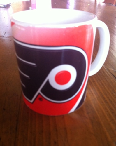 "DB Tweets: ""Drink it up Flyers in 7"""