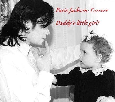 Paris Jackson kertas dinding probably with a bouquet, a paper towel, and a portrait called Daddy's baby girl! Too adorable! :)