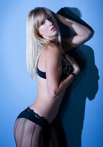 স্বতস্ফূর্ত Girls: Sexiest women of 2010