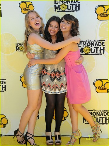 Hayley Kiyoko: kulay-rosas limonada Lady!