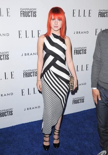 Hayley attending Elle's Women In Music konsiyerto