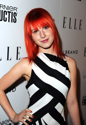 Hayley attends Elle's Women In 音乐 音乐会