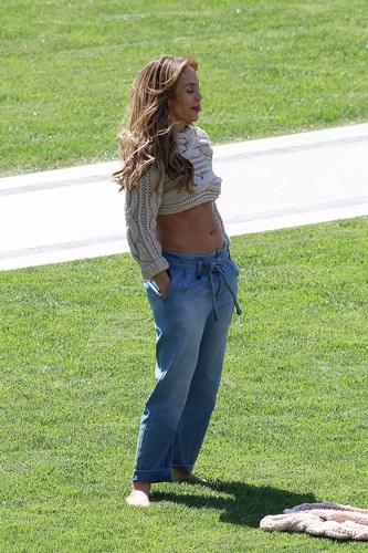 Jennifer - Photoshoot Set with Tony Duran -11 April 2011