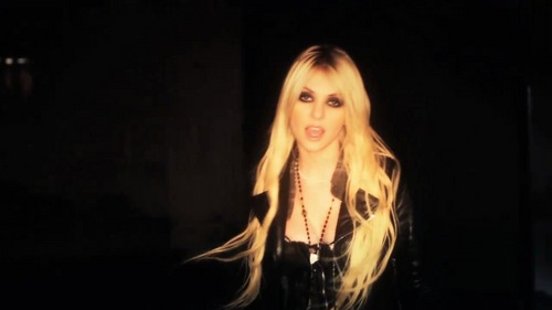 Taylor Momsen پیپر وال entitled Make Me Wanna Die - The Pretty Reckless