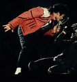 Michael Jackson BEAT IT :D - beat-it photo