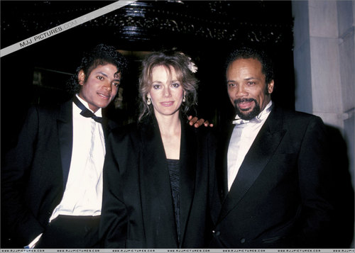 Michael Jackson Thriller ERA :)