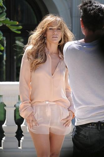 New Pix: Jennifer Lopez on a Photoshoot set in LA