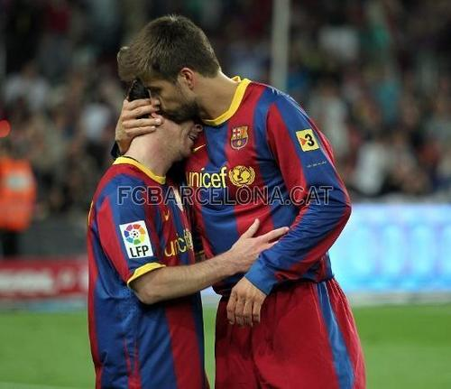 Piqué kiss with Messi... - soccer Photo