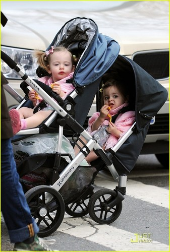 Sarah Jessica Parker: Playground with Marion & Tabitha!