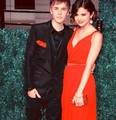 Selena &amp; Justin - justin-bieber-and-selena-gomez fan art
