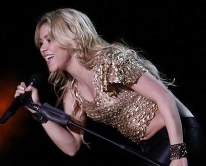 Shakira big belly