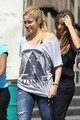 Shakira is dressed as a pregnant! - shakira photo